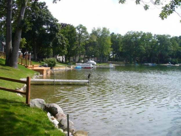 Oakland County Lakefront Moving This Summer!
